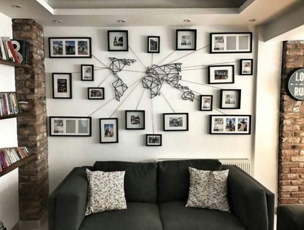 Размещение фотографий на стене вокруг часов