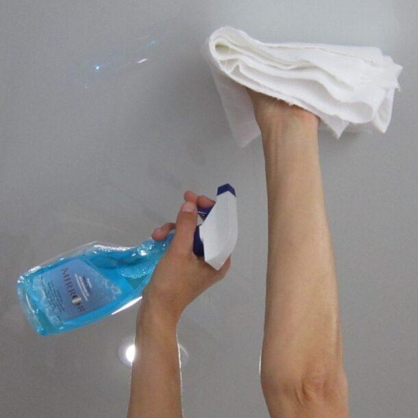 Стеклоочиститель для мытья натяжных потолков