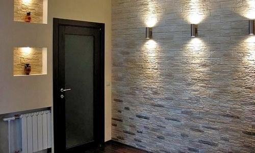 искусственный камень для стен в прихожей