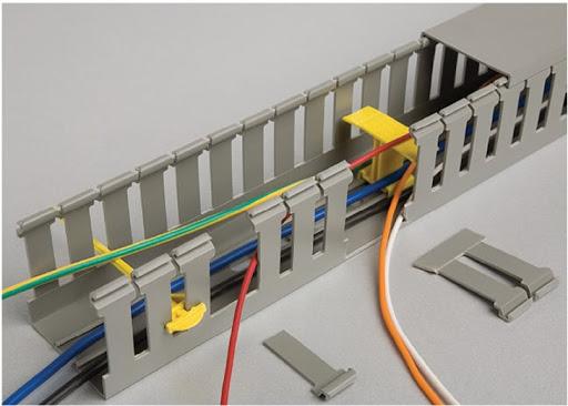 Перфорированный кабель-канал