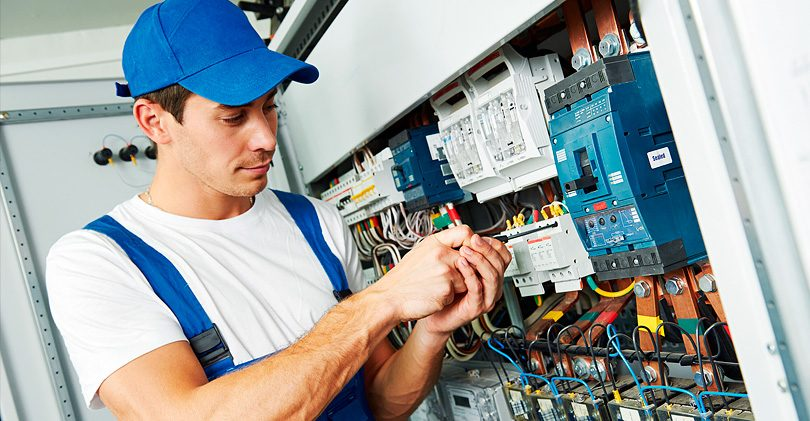 Услуги электрика – профессионализм, оперативность