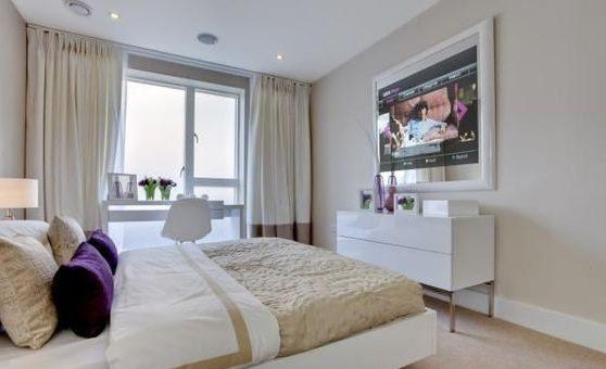 зеркало телевизор в спальне