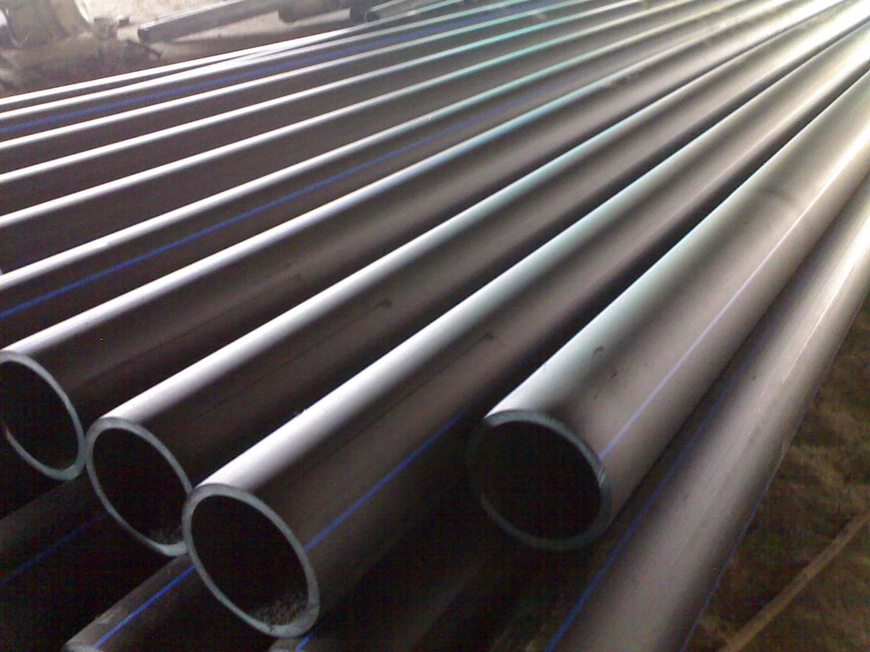 Какую трубу использовать для канализации под землей: чугунную или пластиковую