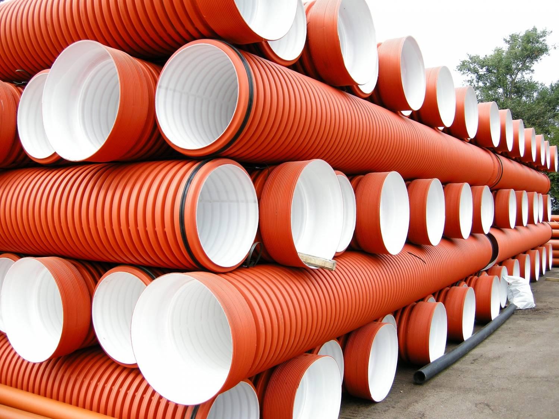 Варианты канализационных труб для закапывания в землю