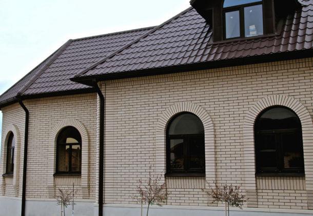 Керамический кирпич для отделки фасада дома
