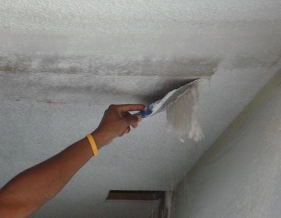 косметический ремонт ванной комнаты потолок 2