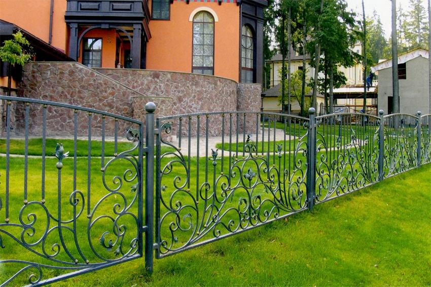 кованый забор для участка 2