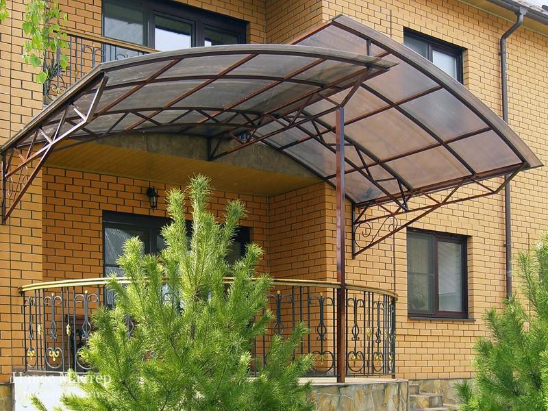 6 советов по обустройству навеса (козырька) над крыльцом частного дома + фото