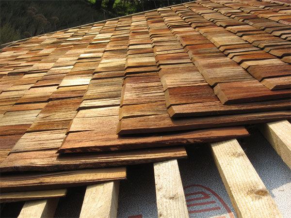 крыша беседки гонт деревянный