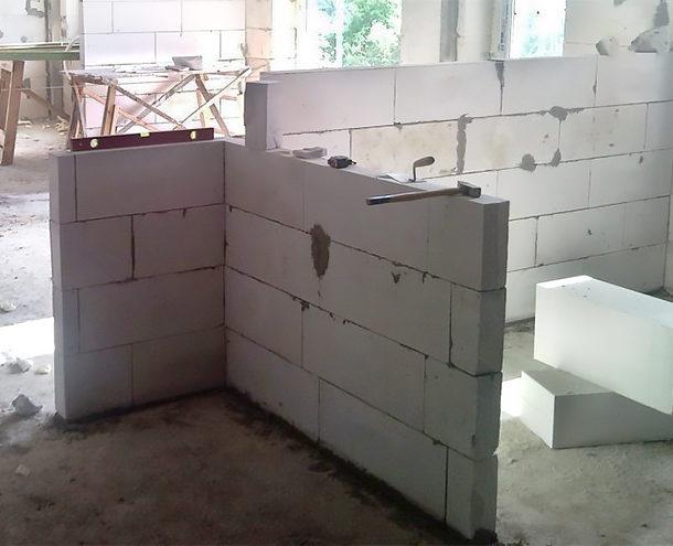 ТОП-8 материалов для перегородок в квартире