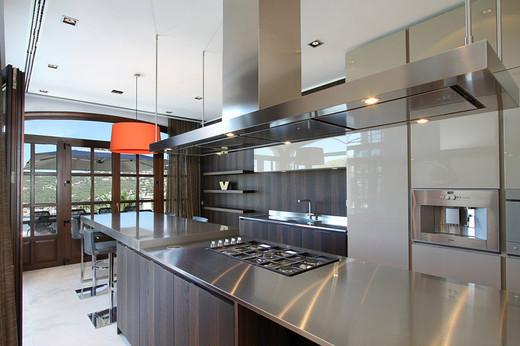 металлическа столешница для кухни