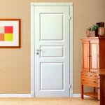 межкомнатные двери с плинтусом