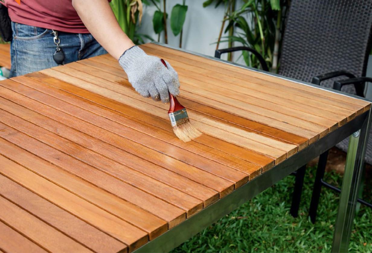 нанесение защитных средства на древесину