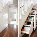 оформление пространства под лестницей 11