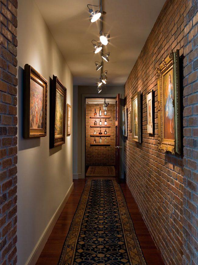 освещение коридора спот