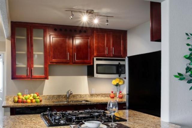 освещение маленькой кухни 3