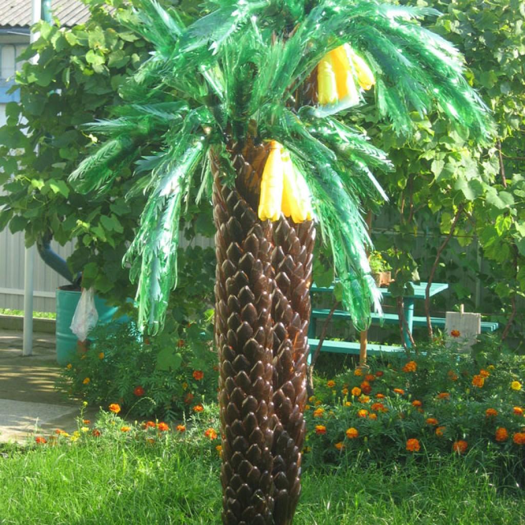 пальма из пластиковых бутылок на дачу