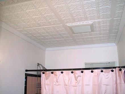 пенополистирольные плиты для потолка в ванной