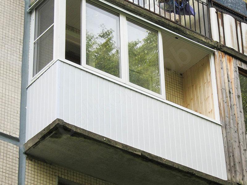 пластиковая вагонка для отделки балкона