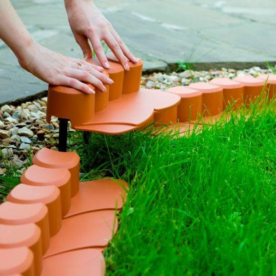 пластиковый бордюр для садовых дорожек 2