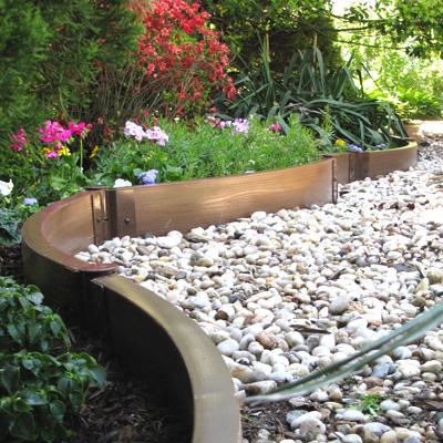 пластиковый бордюр для садовых дорожек 3