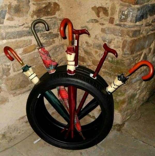 подставка для зонтов из шин