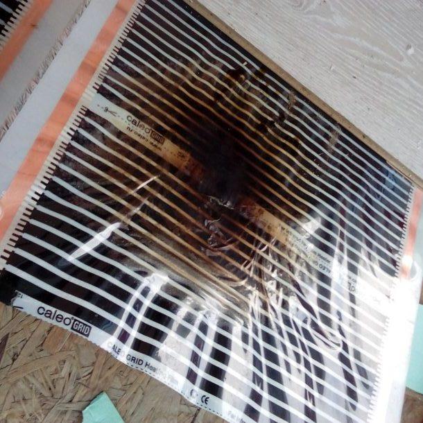 Следы возгорания плёночного тёплого пола
