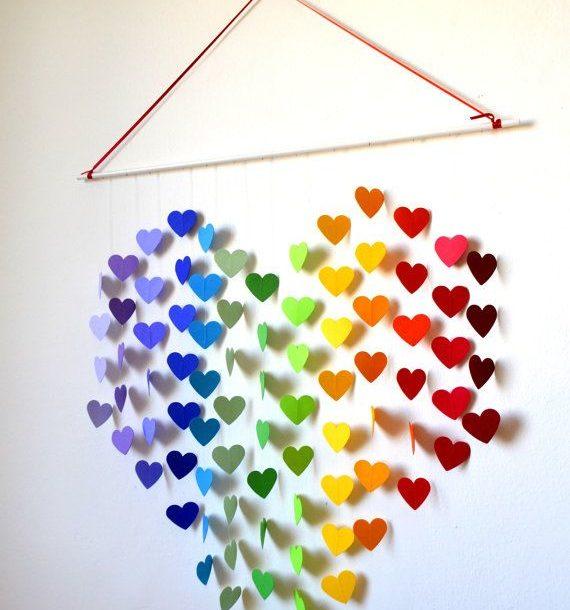 Бумажные сердечки для украшения стены