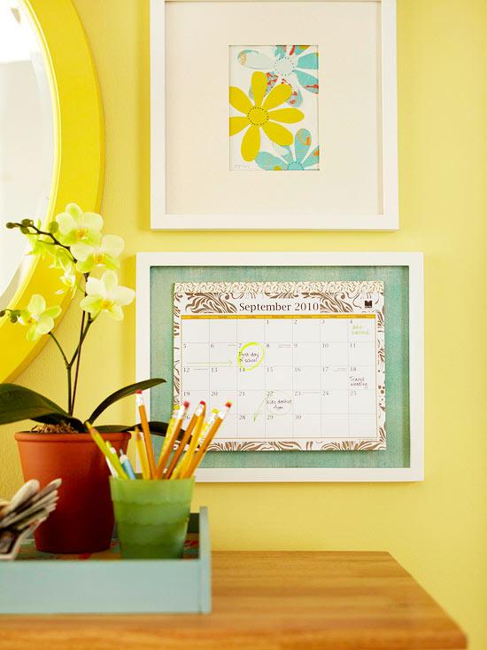 в рамку календарь, обозначив на нем важную дату