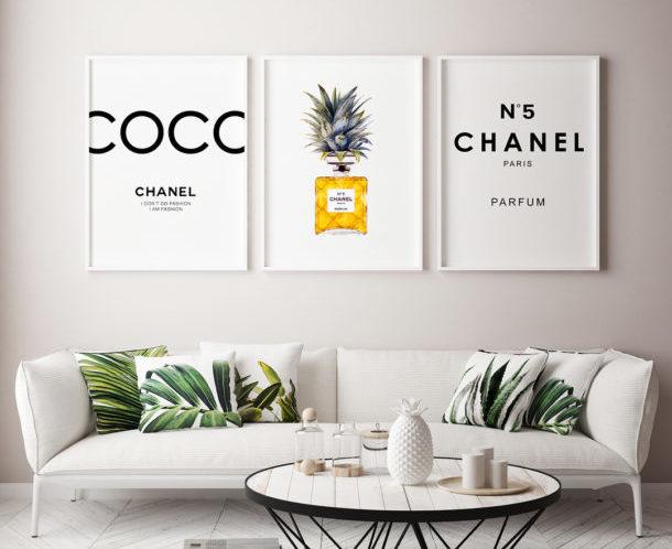 использовать одну большую картину или постер для декора стен