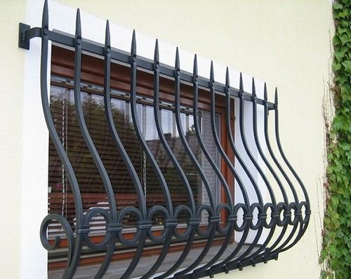 решетка внакладку окна