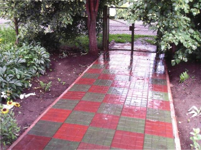 садовая дорожка из полимерпесчаной плитки