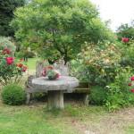садовая мебель камень 3