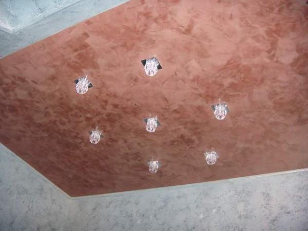 штукатурка потолок на кухне