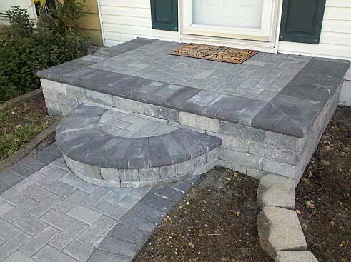 ступени крыльца из бетонной плитки