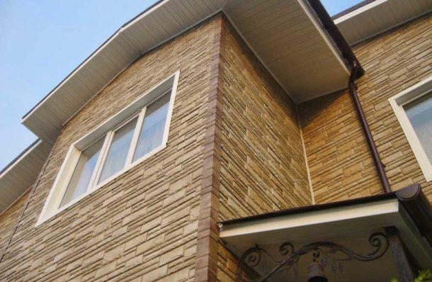 Отделка фасада дома цементным сайдингом
