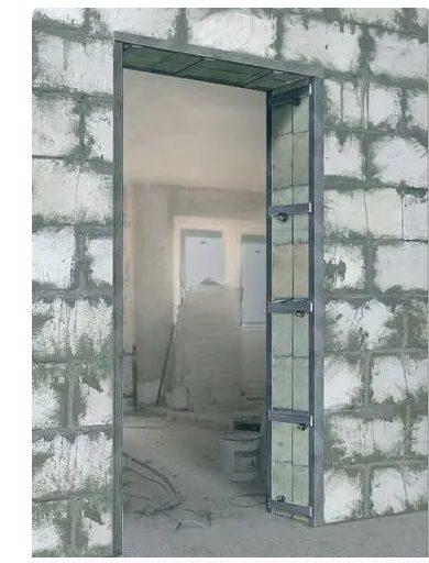 Укрепление дверного проема из газосиликатных блоков металлической обрешеткой