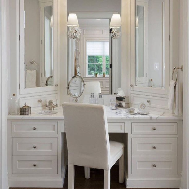 Трельяж для ванной (туалетный столик)