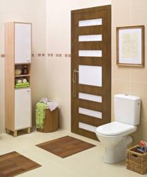 ванная комната установка дверей