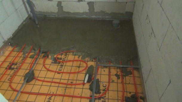 водяной теплый пол под бетонный пол