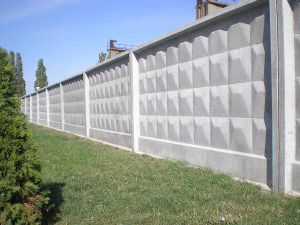 забор бетонных секций
