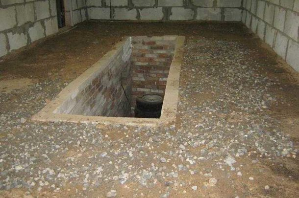 Земляной пол в гараже